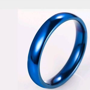 Jewelry - GORGEOUS WEDDING BAND NEW